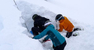 Off-Piste Skiing & Avalanche Training