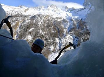 Ice Climbing Skills 2015